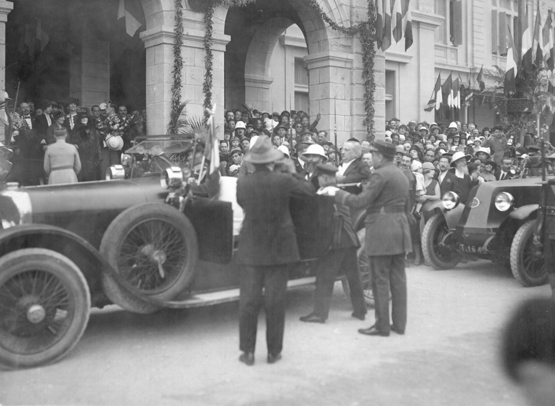 Hanoï - Arrivée de Monsieur le Gouverneur Général Varenne à la gare