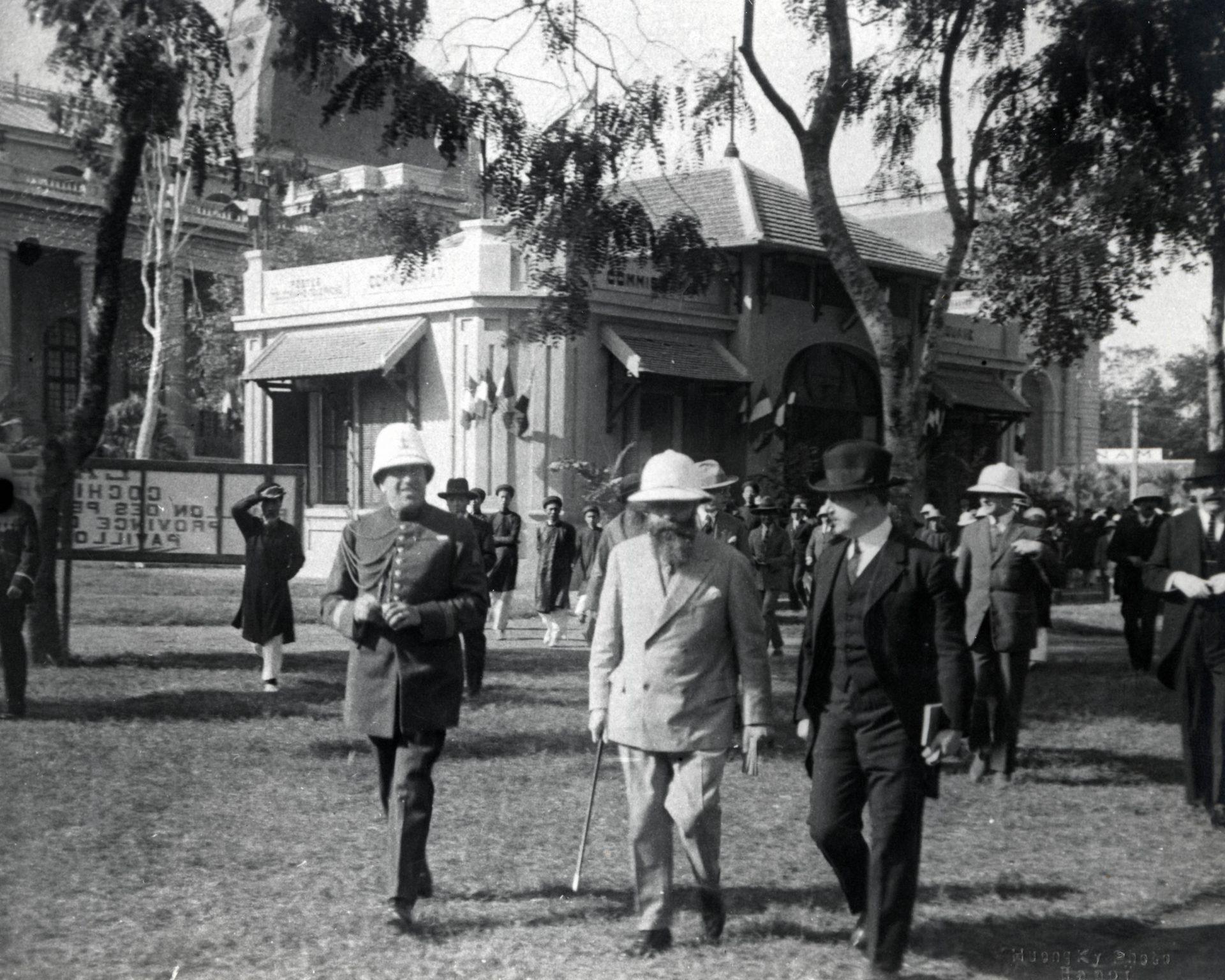 Visite de la foire de Hanoï - 08 Décembre 1925