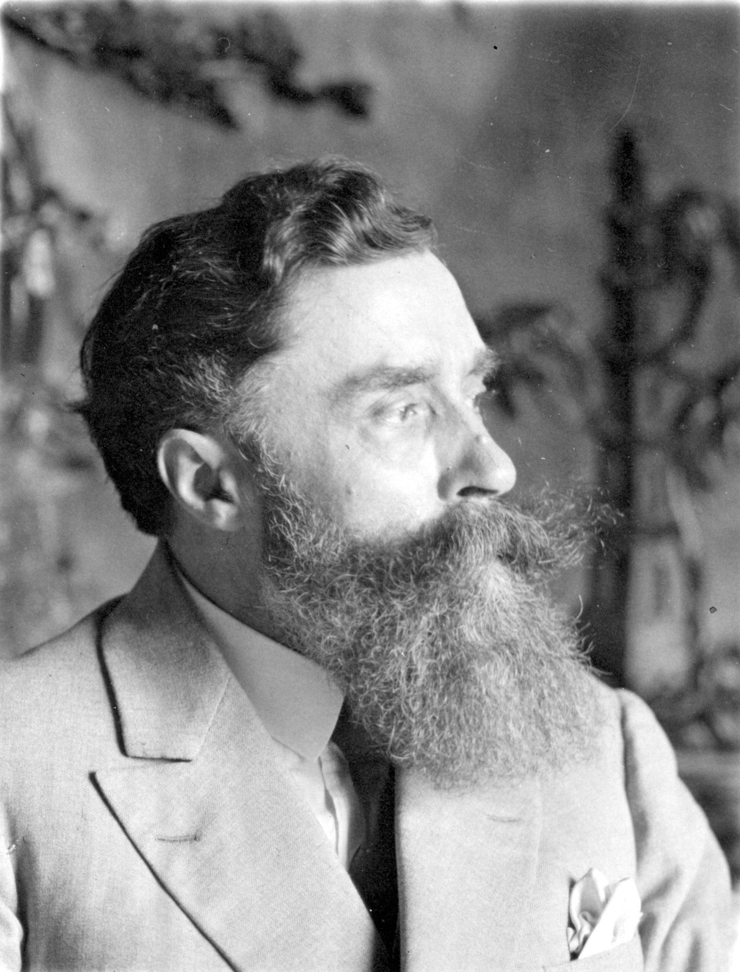 Portrait de profil d'Alexandre Varenne. Crédit: Laboratoire de photographie générale