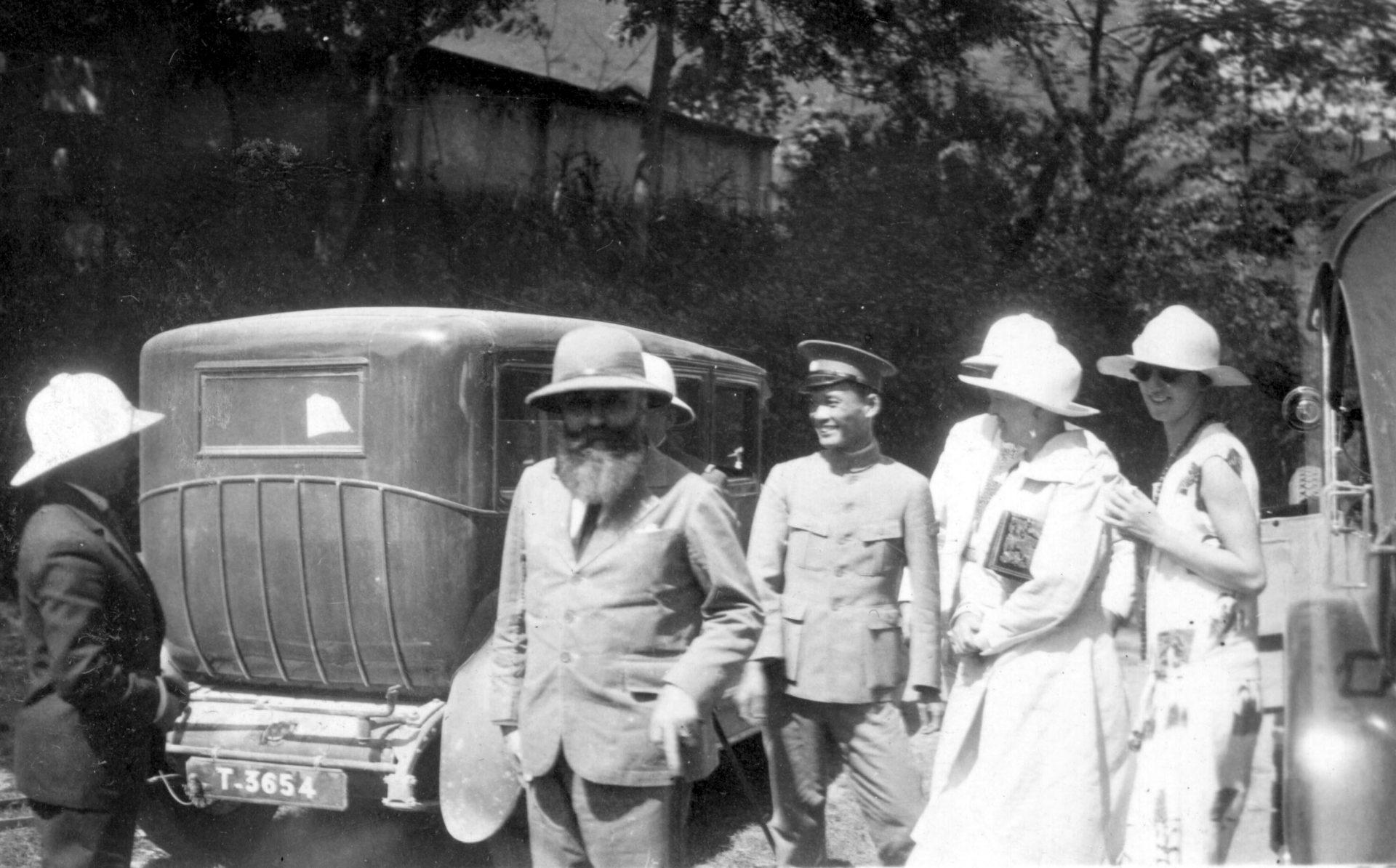 Visite de la porte de Ghin - 23 Octobre 1927