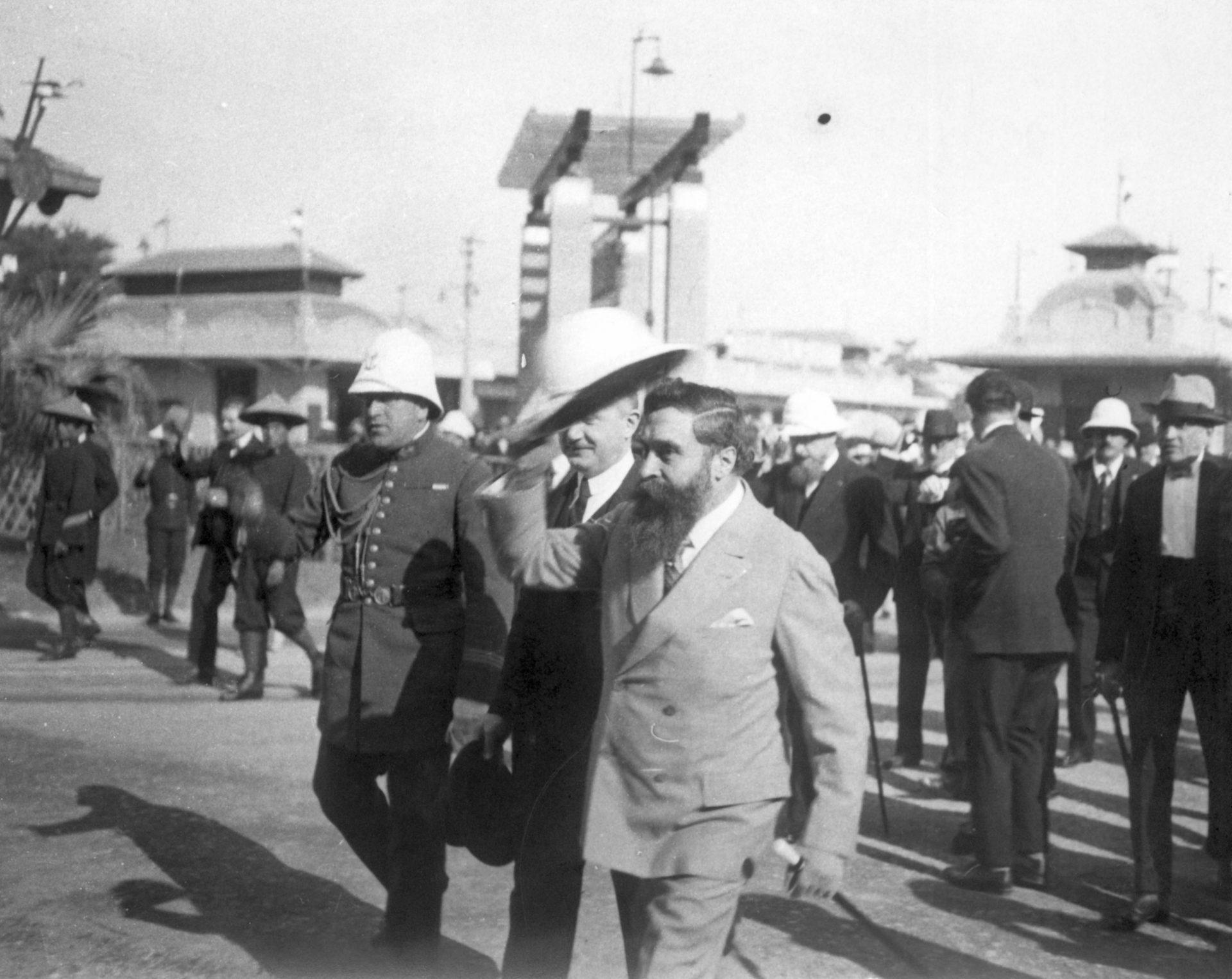 Visite à la foire de Hanoï - 08 Décembre 1925