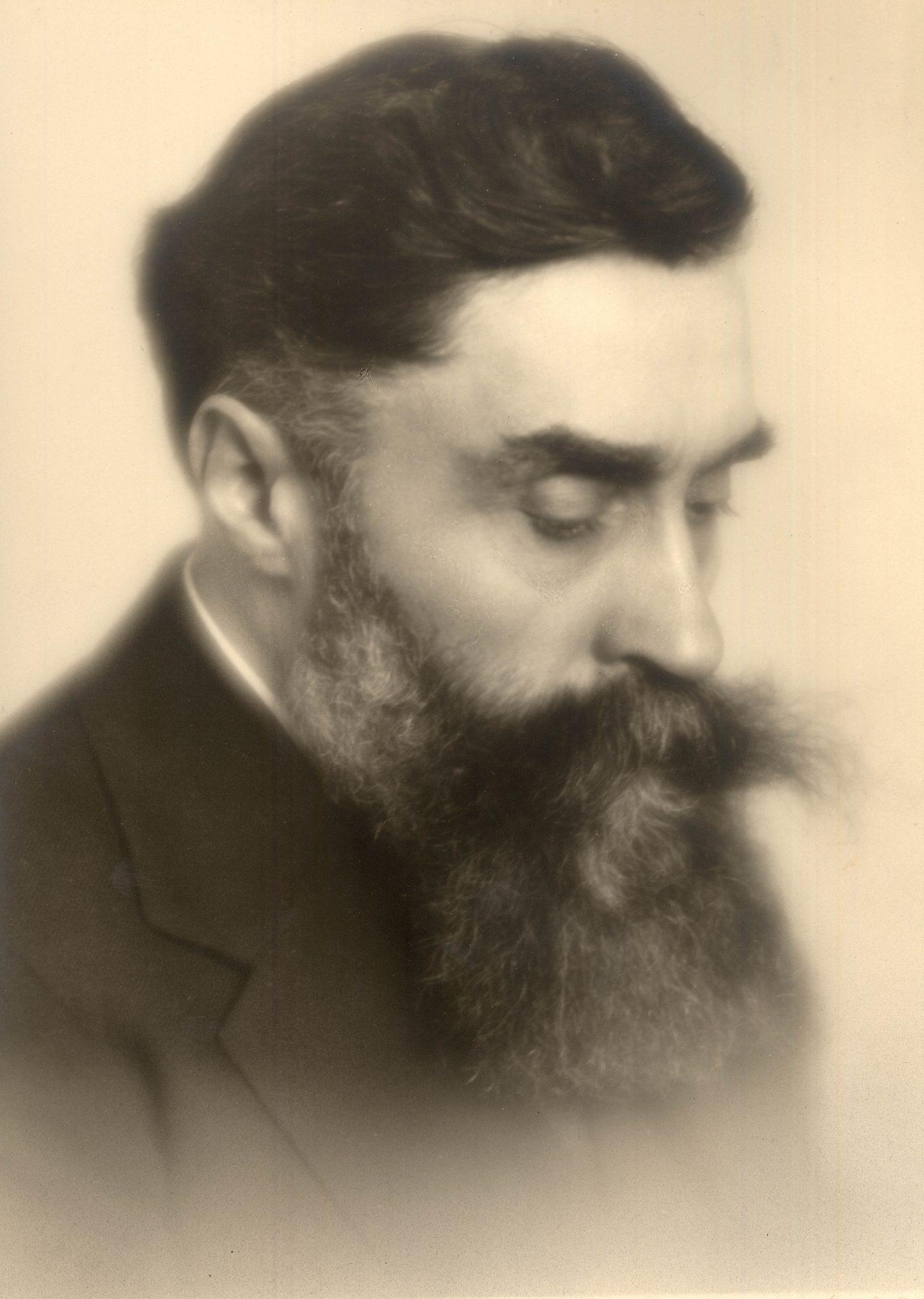 Portrait Alexandre Varenne 24