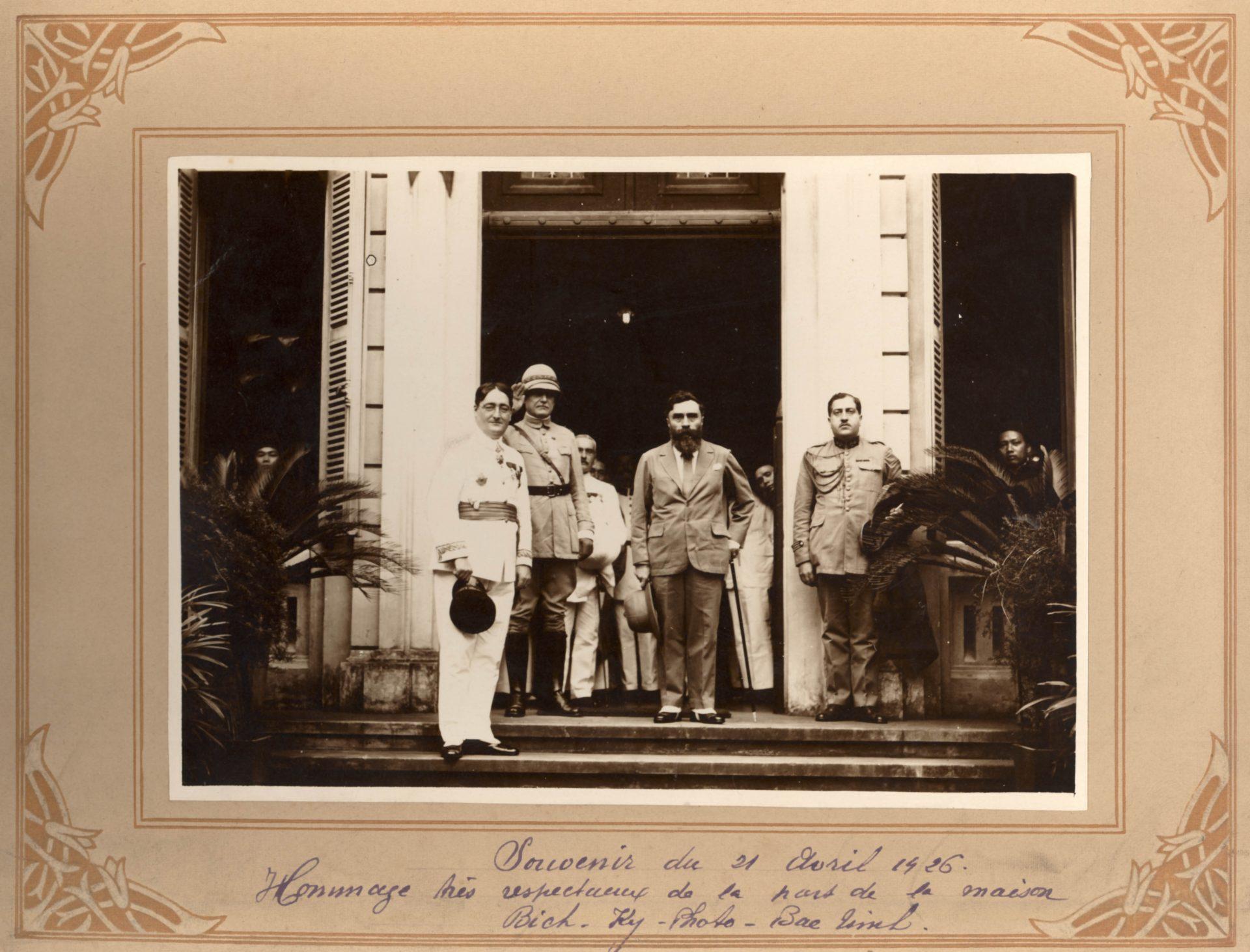 Souvenir du 21 Avril 1926 - Hommage très respectueux de la part part de la maison Bich Ky Photo