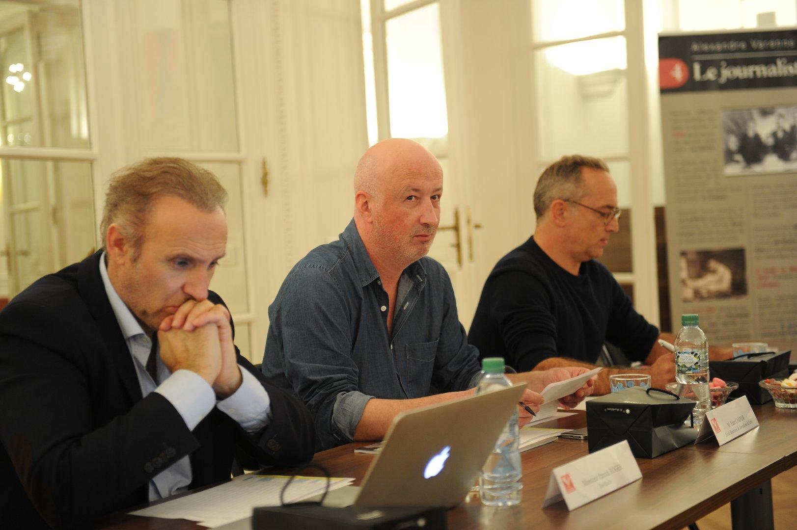 Le jury radio : à gauche, Patrick Roger (DG Sud Radio), Yann Carpier (journaliste) et Philippe Antoine (directeur de la rédaction RCM)