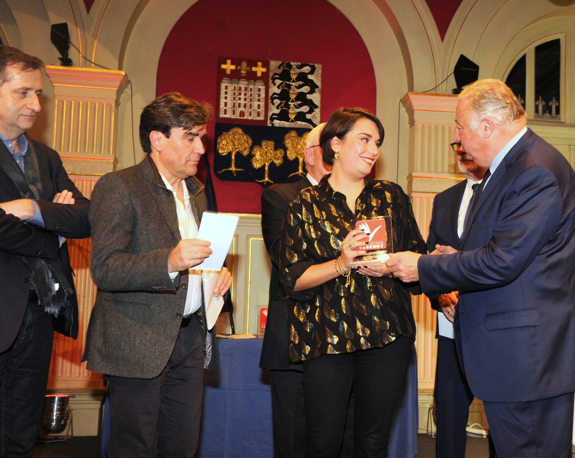 Prix VARENNE jeune journaliste de la PQR à Clémentine MERCIER de OUEST FRANCE