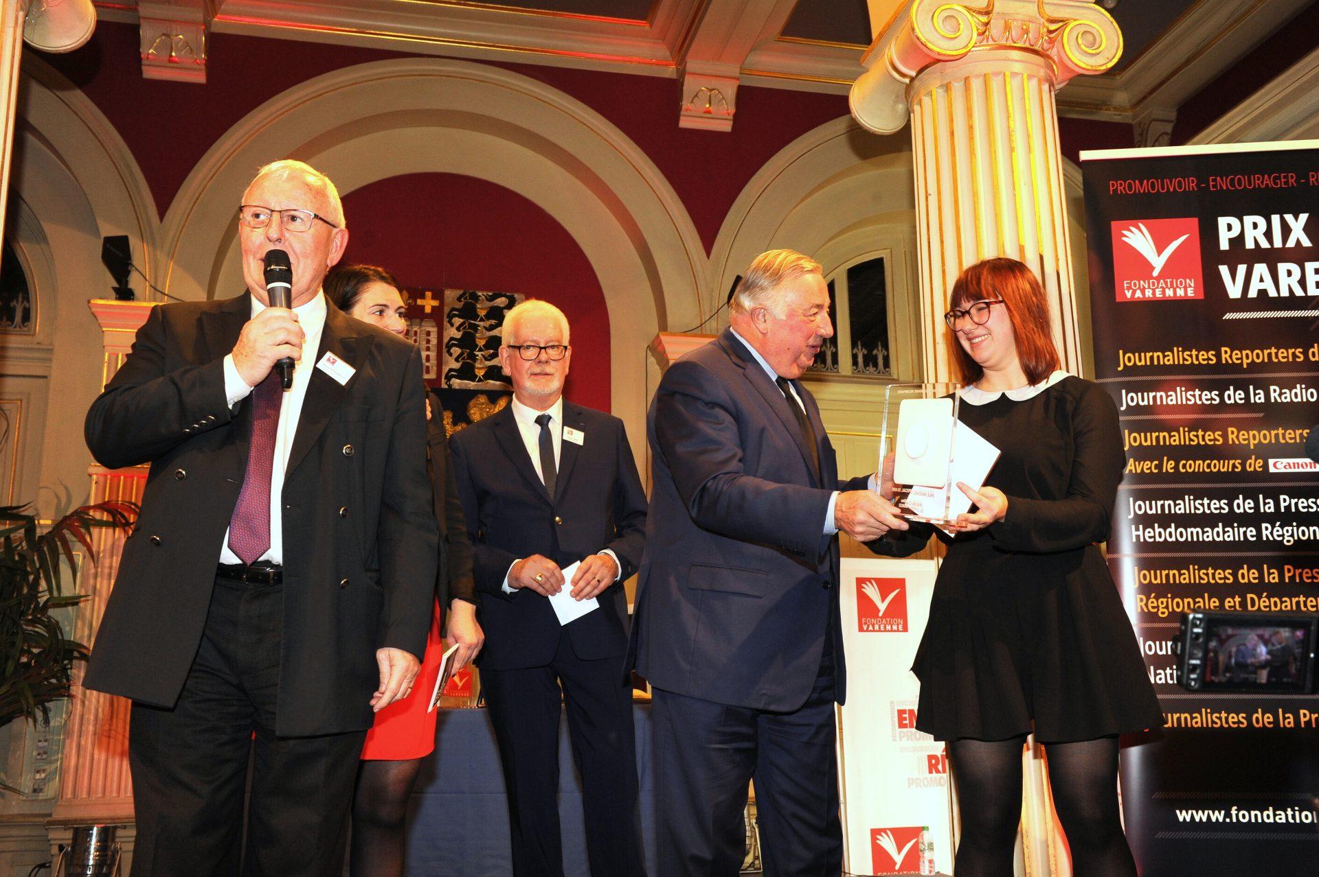 Prix spécial 30 ans Journalistes de la PQR à Charline MADINI de OUEST FRANCE.