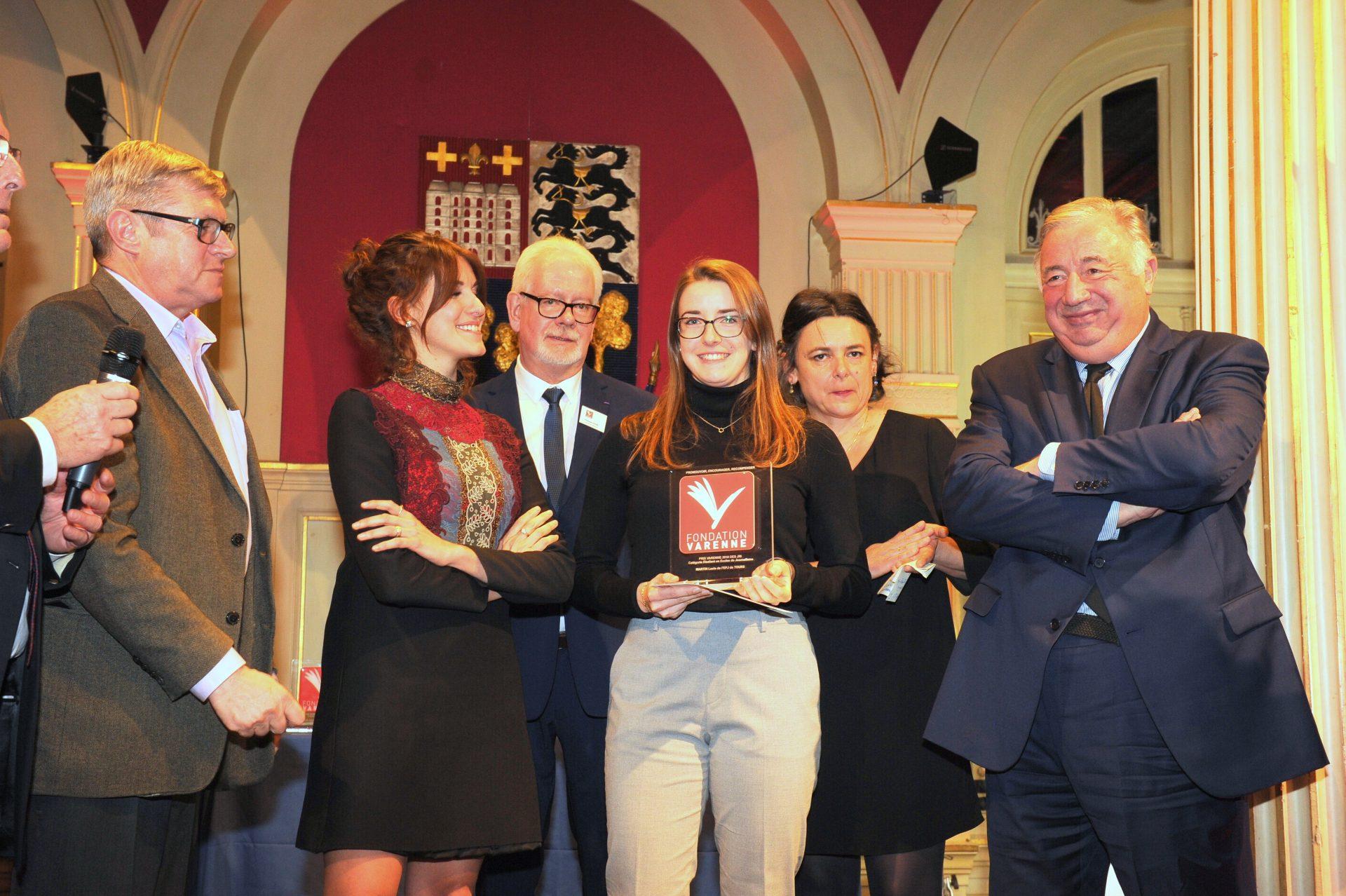 Prix École de journalisme JRI à Lucie MARTIN de l'Ecole publique de Journalisme de Tours.