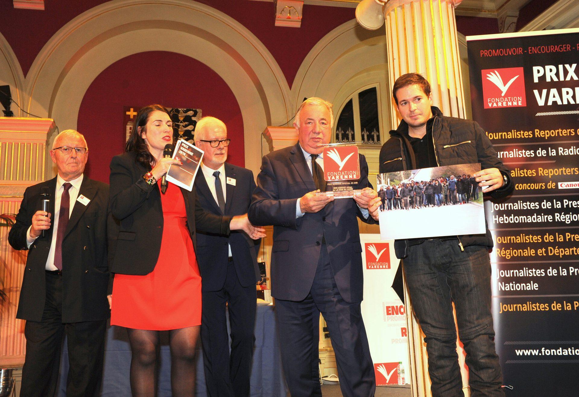 Prix spécial 30 ans Presse Régionale à Johan BEN AZZOUZ de la VOIX DU NORD.