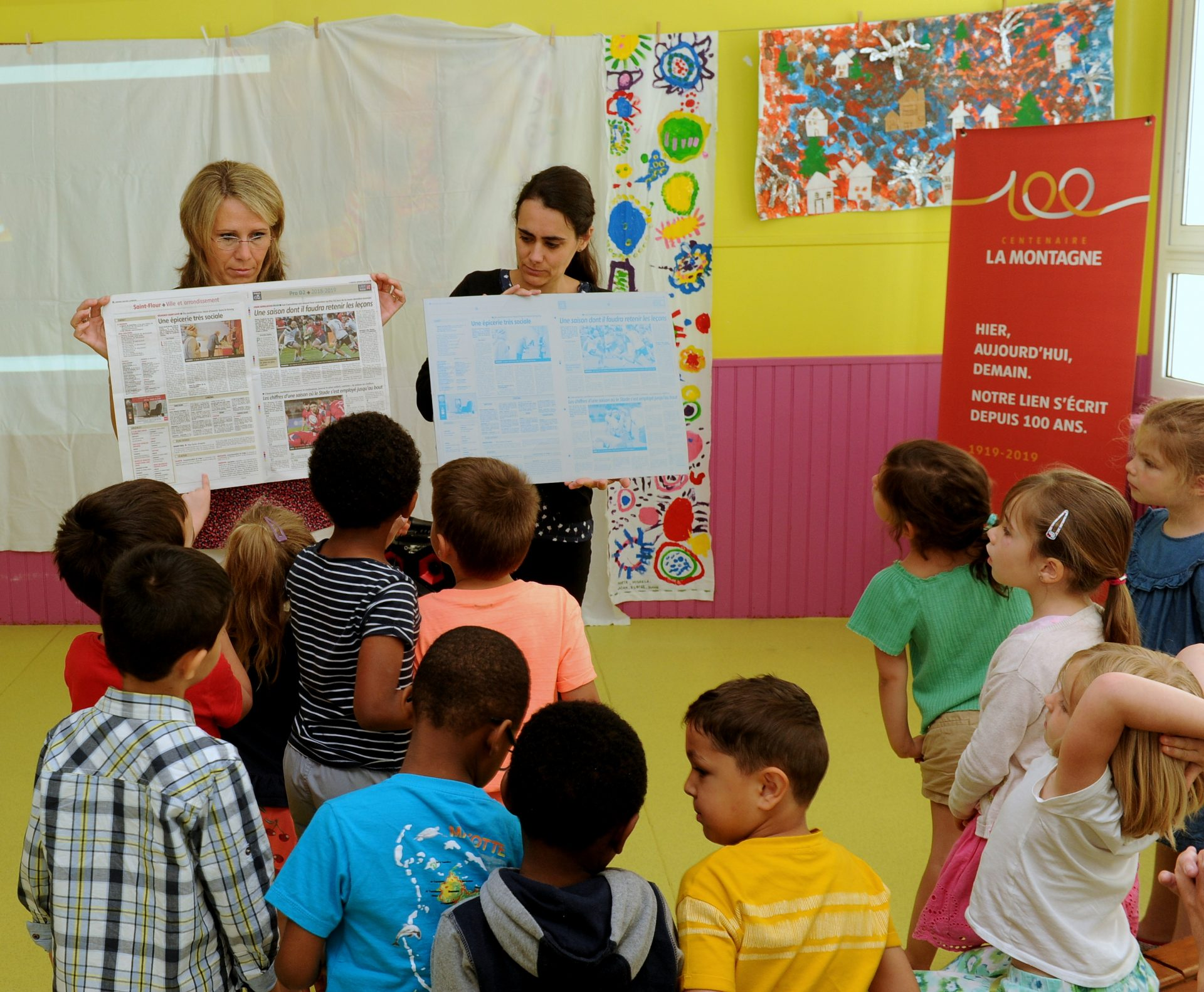 La fabrication du journal expliquée aux enfants par Annie Nicolas (La Montagne)