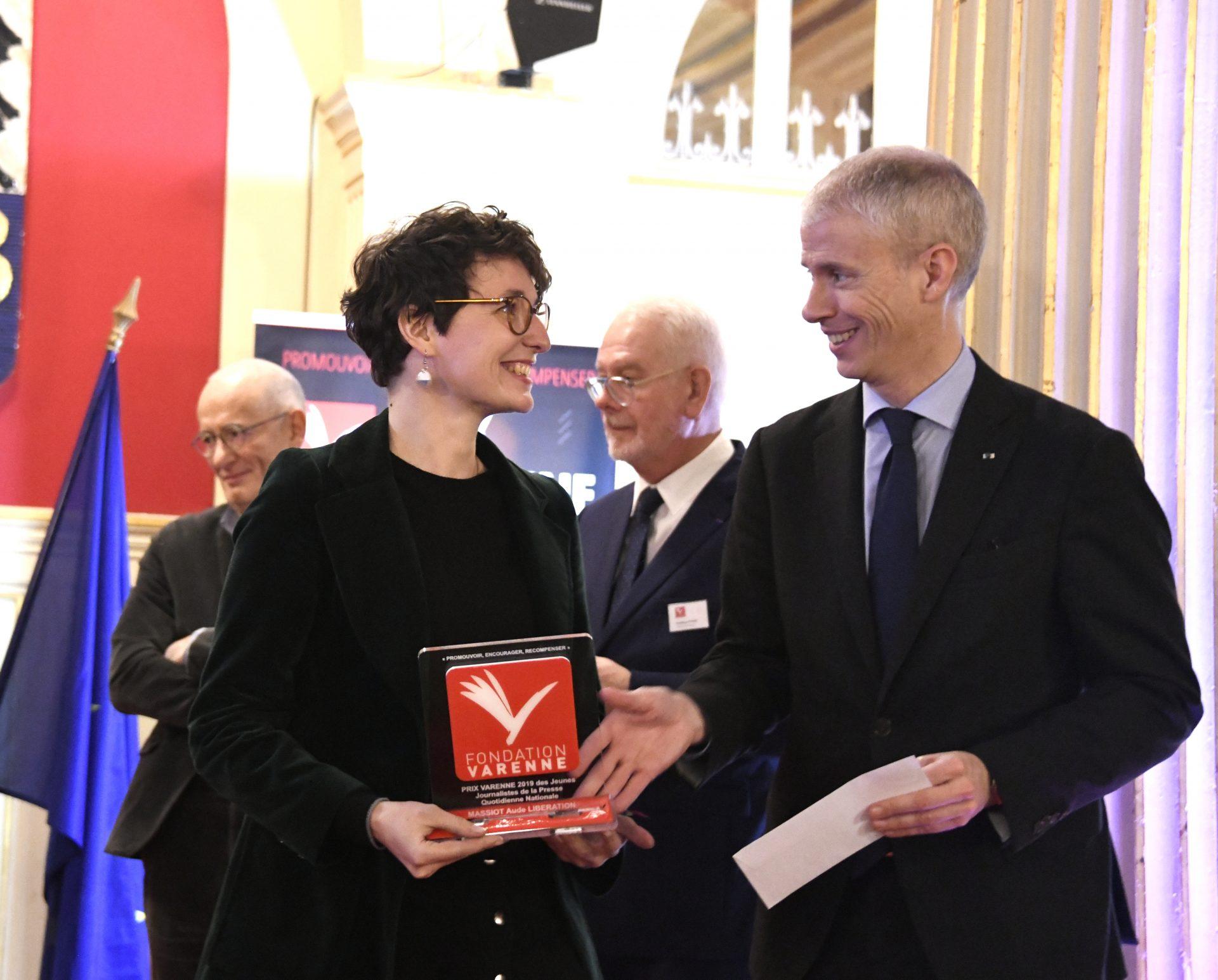 Prix Varenne jeune journaliste à Aude MASSIOT du journal Libération