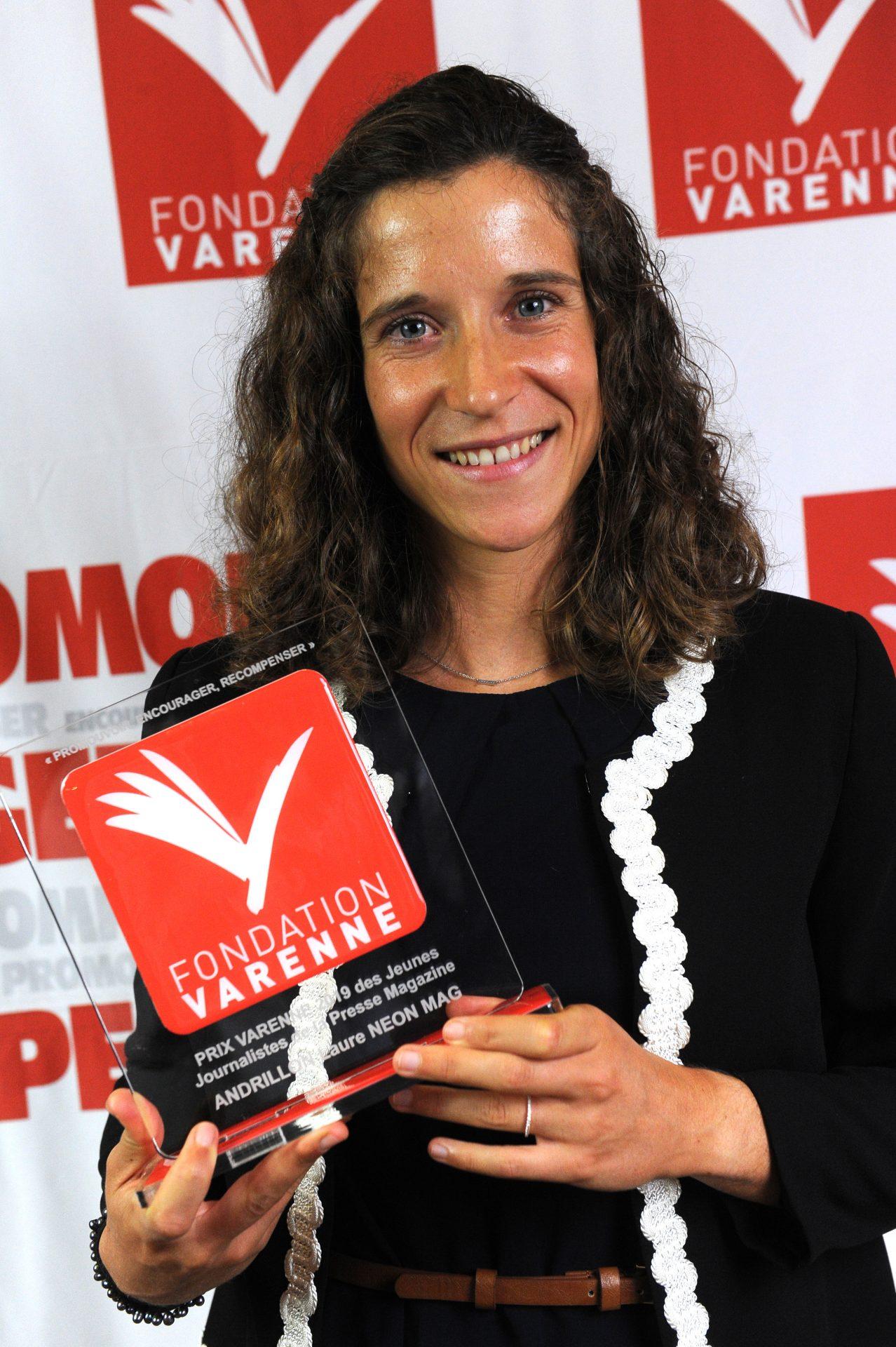 Prix Varenne jeune journaliste à Laure ANDRILLON du NEON MAG